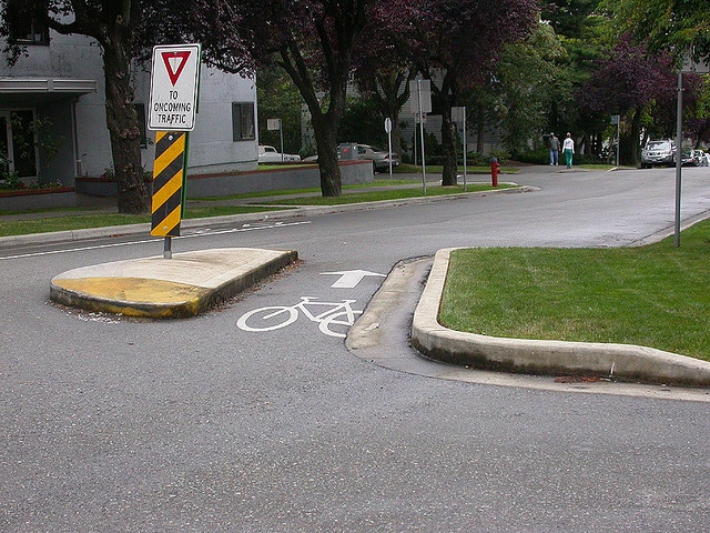 Bike Boulevards and other devices used in Vancouver
